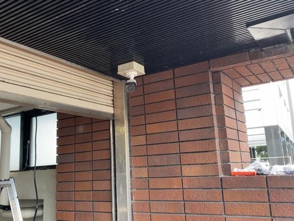 船舶会社駐車場に防犯カメラ設置